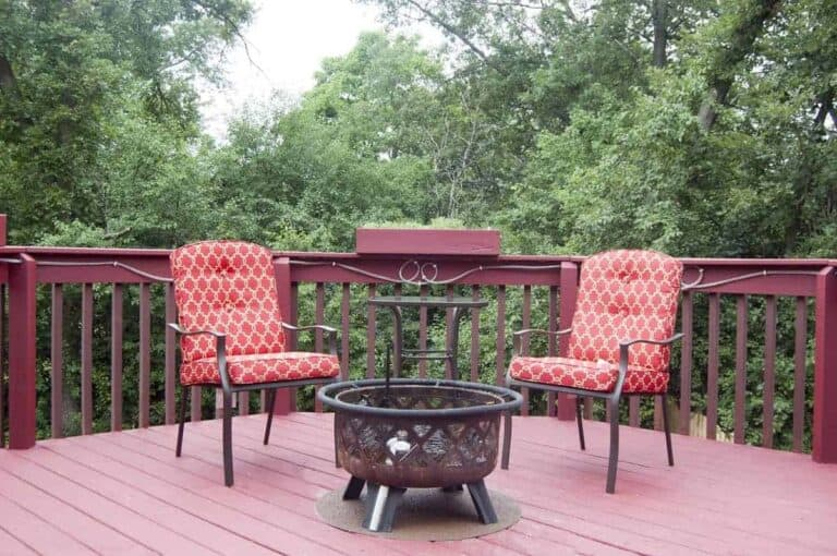 Best Fire Pits For Wood Deck - everymanscave.com