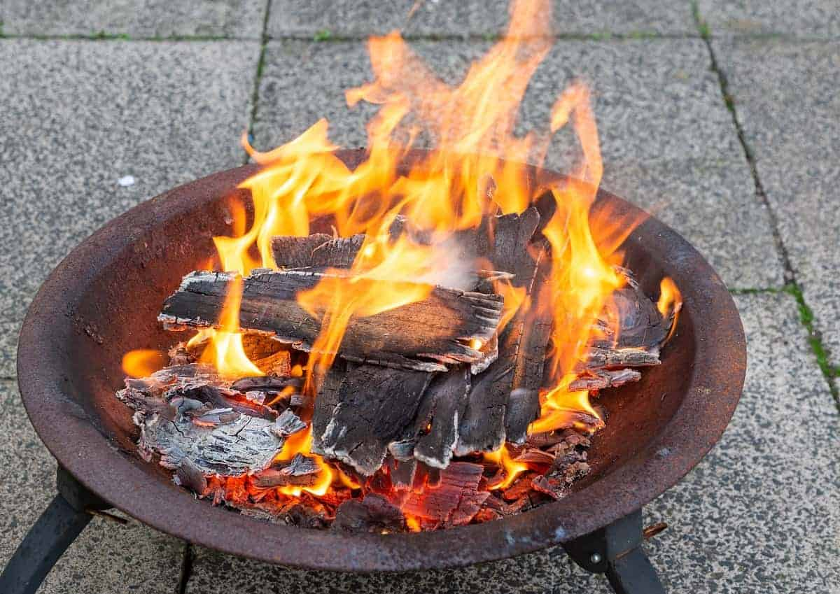 Fire Sense Roman Fire Pit Review - everymanscave.com