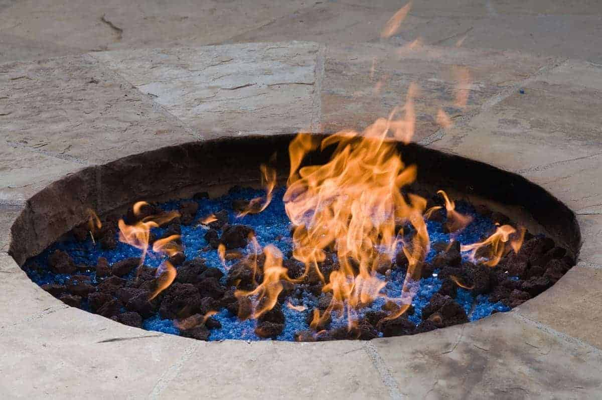Best Rocks For Fire Pit - everymanscave.com