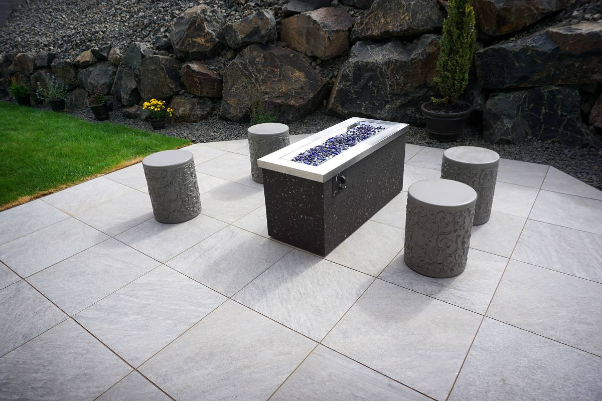 Best Gas Fire Pit Tables - everymanscave.com